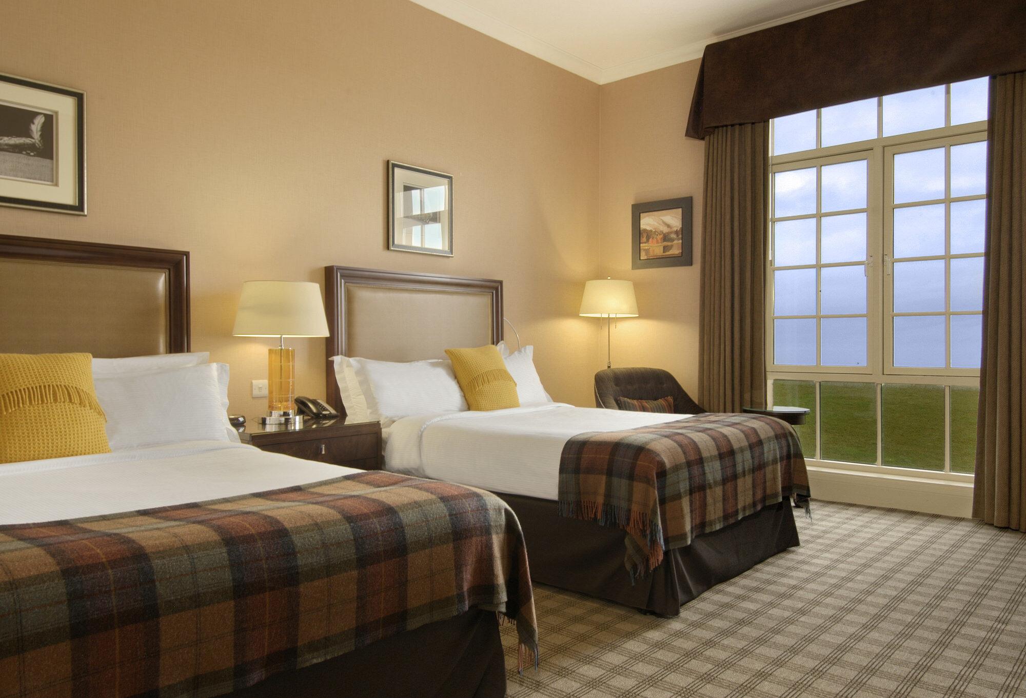 hotel fairmont double room