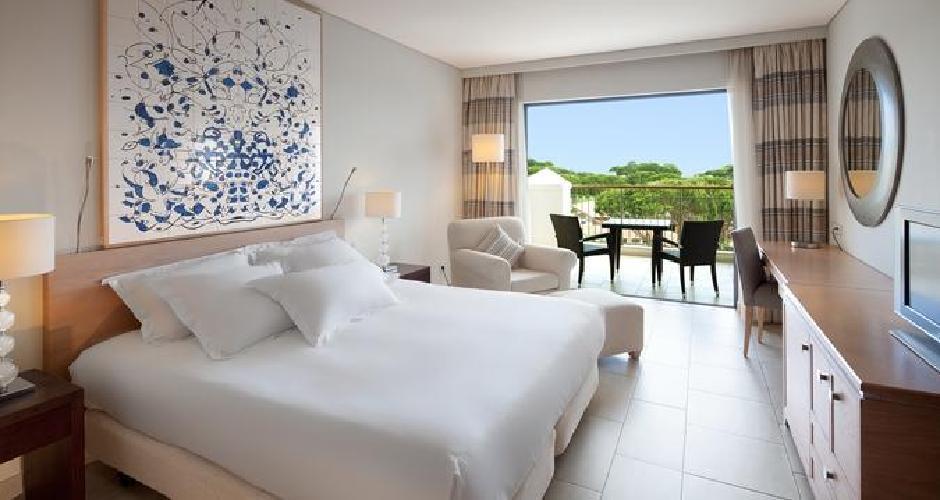 Hilton Vilamoura as Cascatas double room