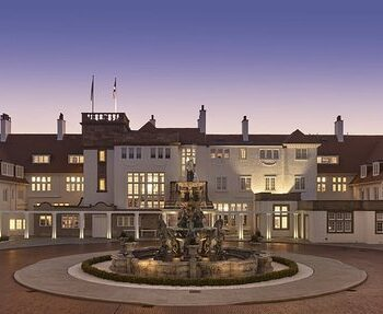 exterior Turnberry